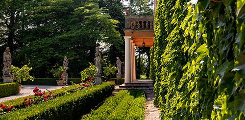 Conta Guarienti scorcio di Villa Malaspina e del Parco